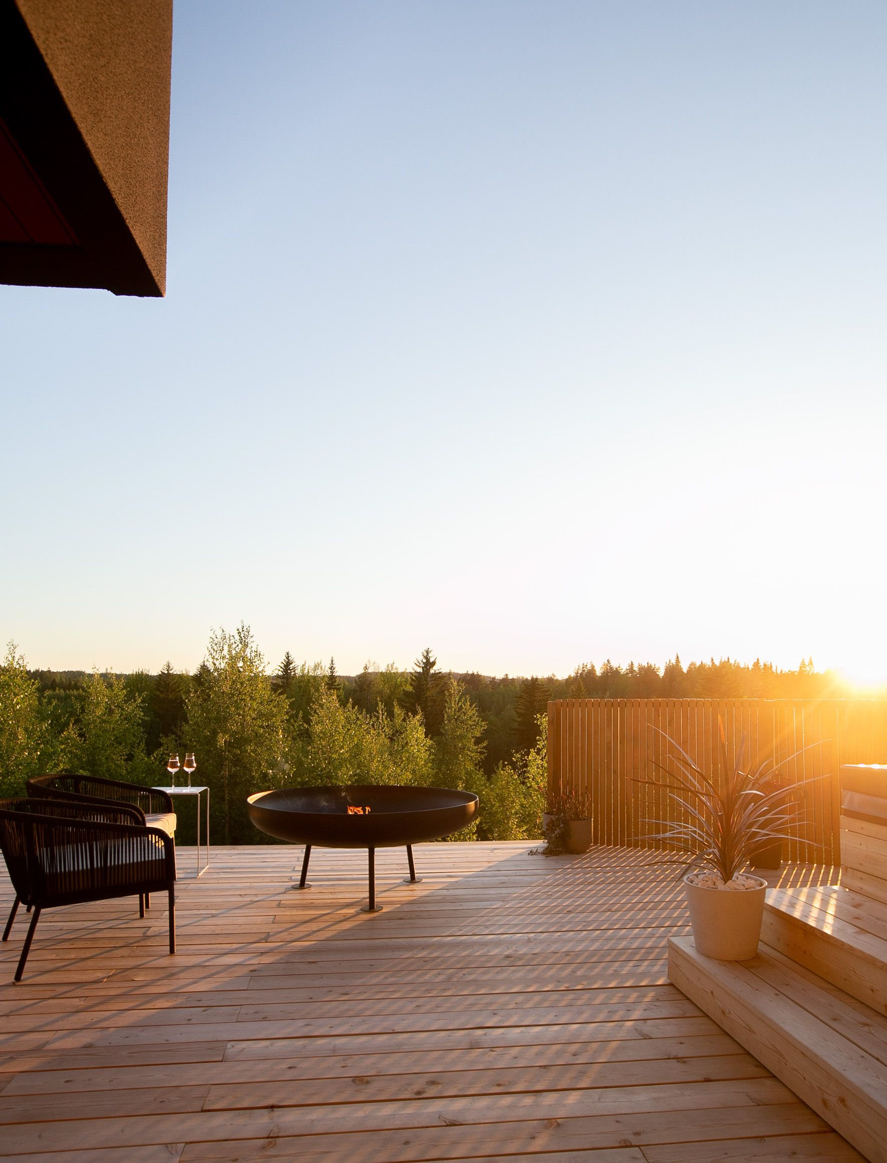 Musta Design Finland – tulipata pihaan tai mökille